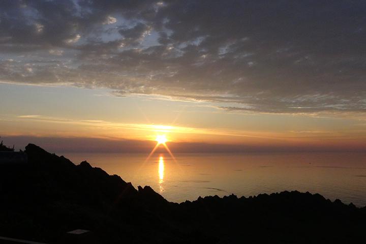 城山日出峰(ソンサンイルチュルボン)日の出