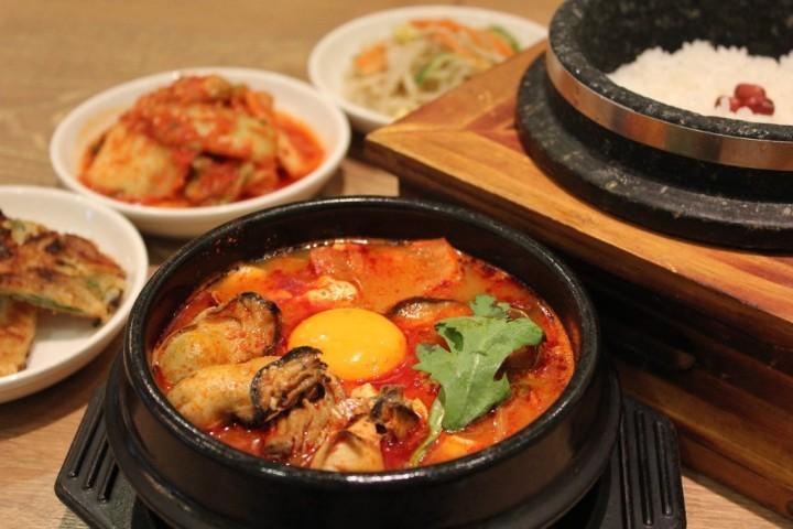 「食べる(たべる)」を韓国語では?