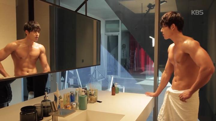 「むやみに切なく」メイキング映像を公開!上半身脱衣キム・ウビン「目の保養」