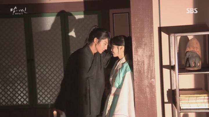 「月の恋人-歩歩驚心:麗」メイキング映像を公開!イ・ジウンの積極的なスキンシップに嬉しいIU(アイユー)!