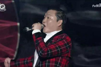 「tvN10 アワード」PSYの祝賀公演!こんな楽しい授賞式は初めてだ!