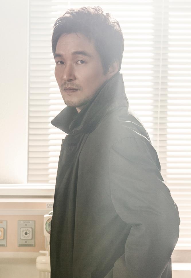 「浪漫ドクターキム・サブ」出演のハン・ソッキュ(한석규)