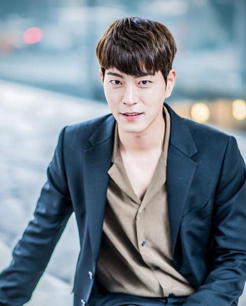 「王は愛する」主演のホン・ジョンヒョン(홍종현)