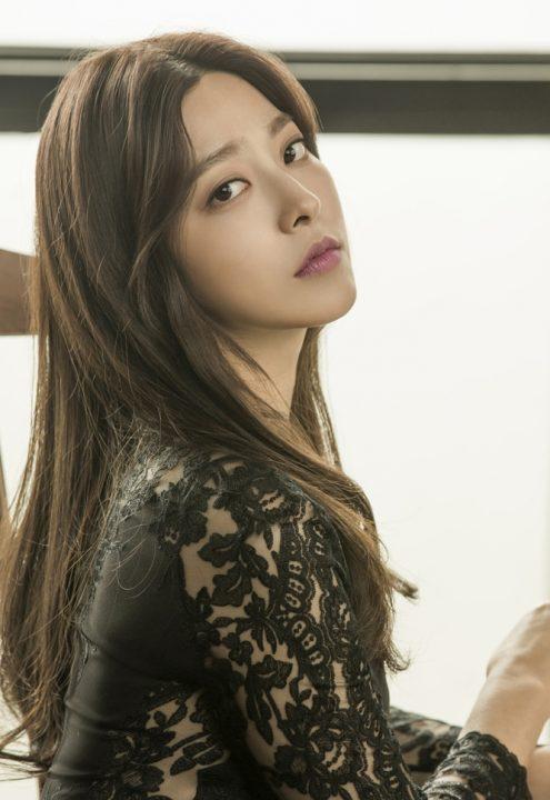 「耳打ち」主演のパク・セヨン(박세영)