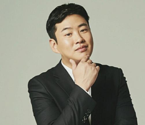 アン・ジェホン(안재홍)