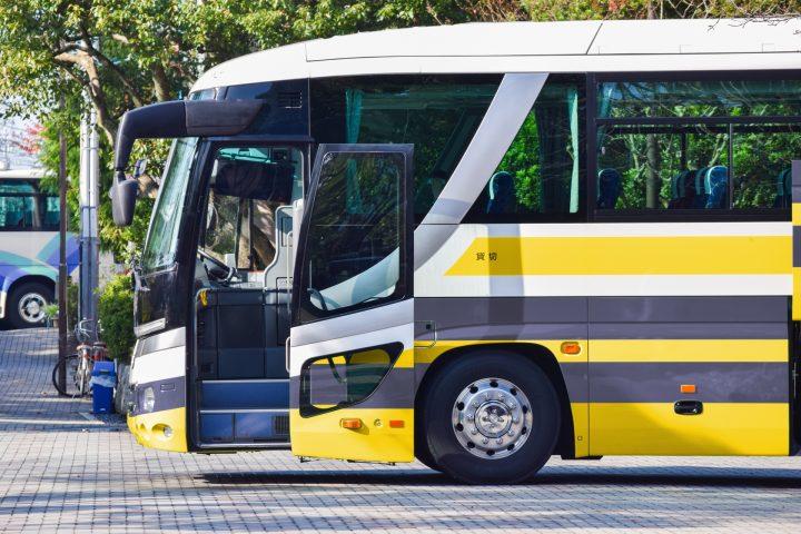 「バス(ばす)」を韓国語では?韓国旅行でバスに乗りたい