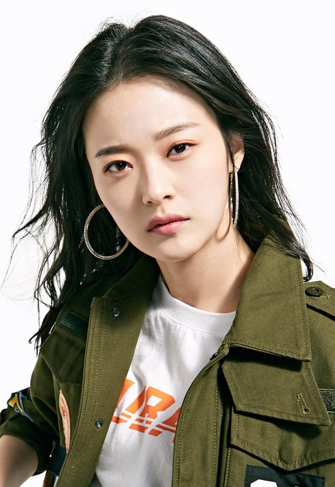 シン・ドヒョン(신도현)