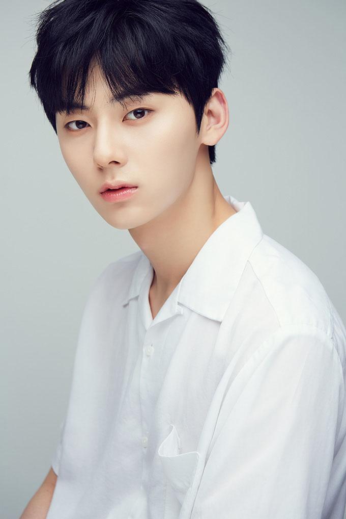 ファン・ミンヒョン(Hwang Min Hyun)を韓国語では?