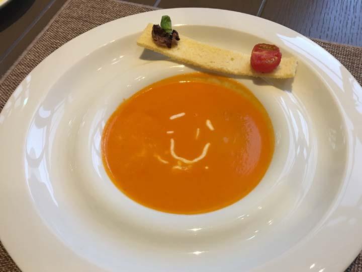 ラ スカラ(LA SCALA)トマトスープ